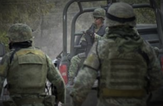 Mexican Military Rushes To Aid Border Patrol!